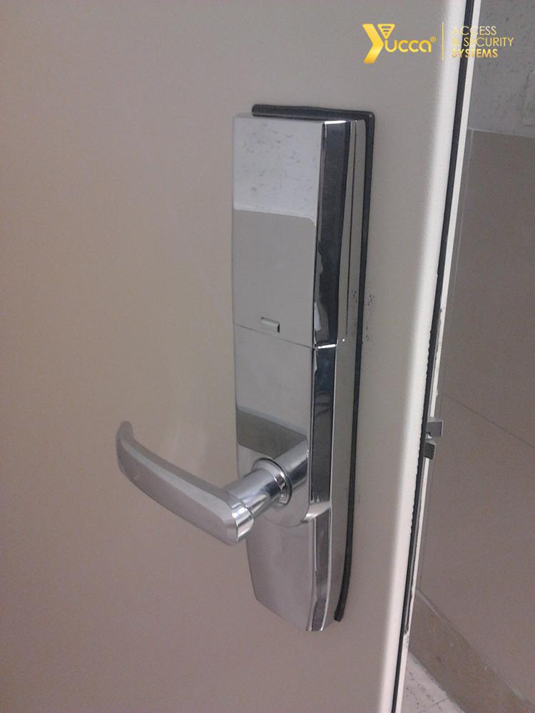 قفل اثر انگشت ، قفل رمزی