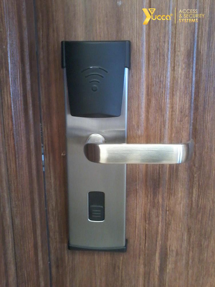 قفل کارتی - قفل دیجیتال