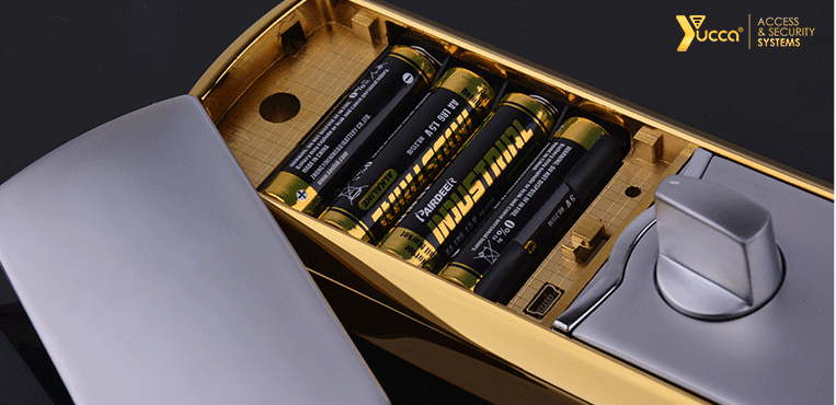 جایگاه باتری AA در قفل اثر انگشتی