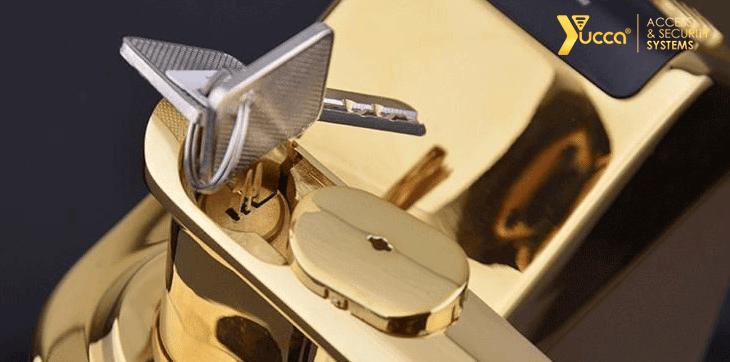 کلید مخفی در قفل دیجیتال اثر انگشتی