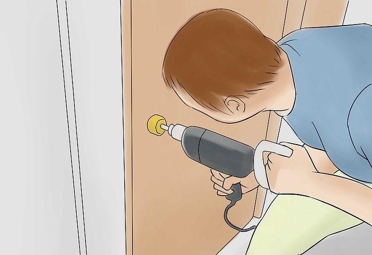 استفاده از دریل برای کلید شکسته در قفل