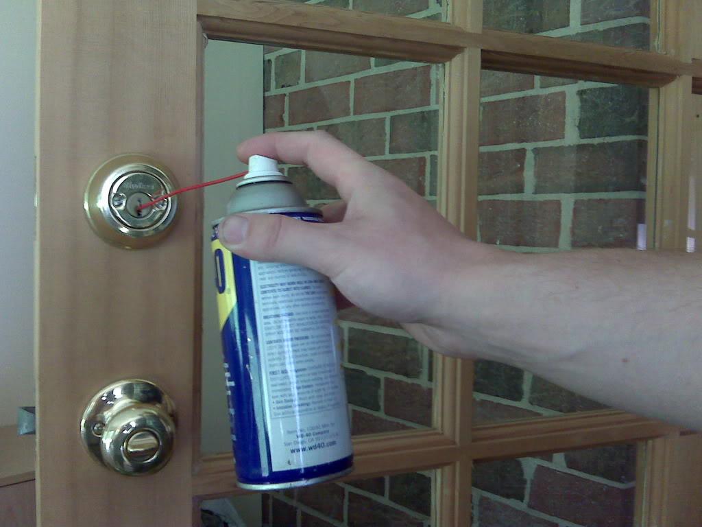 روغن کاری قفل