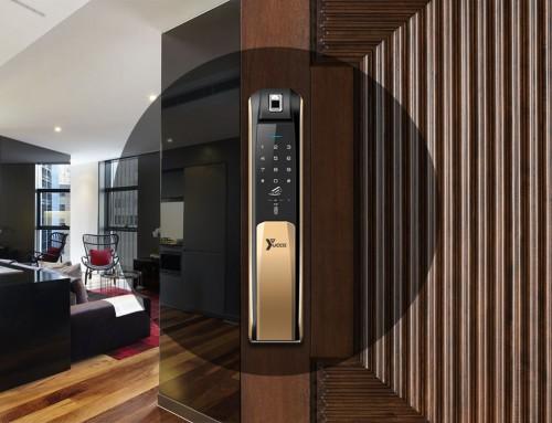مزایای قفل کارتی یا قفل هتلی از زبان مسافران و هتلداران
