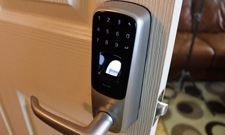 electronic fingerprint locks