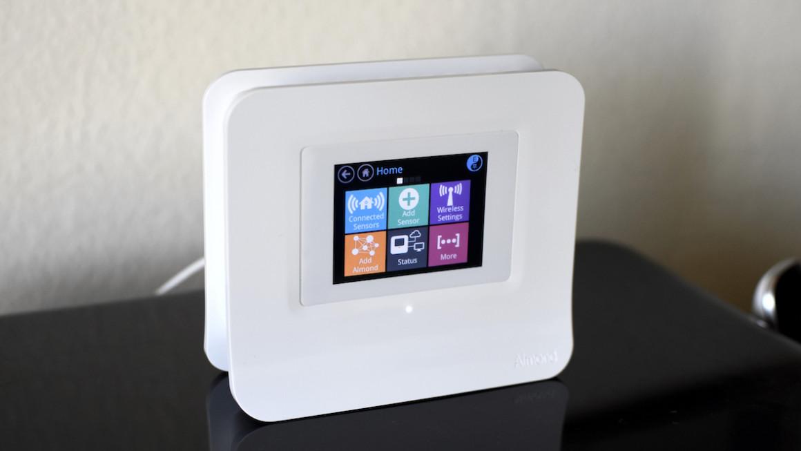 smart home hub role